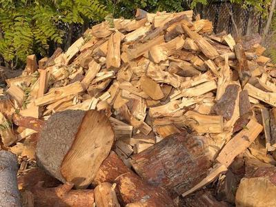 Oak Firewood Cleaved.